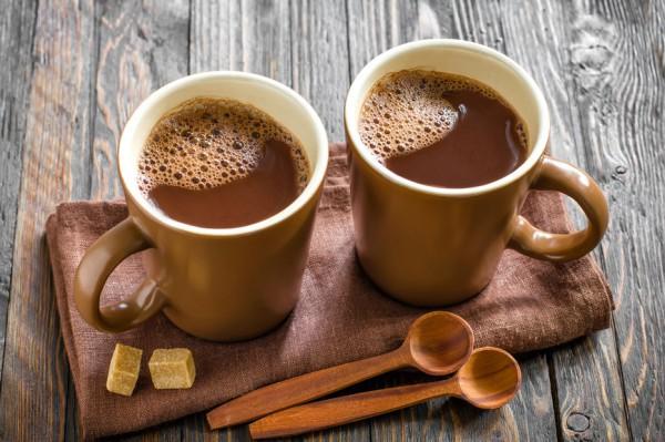 Маски с какао для темноволосых красавиц