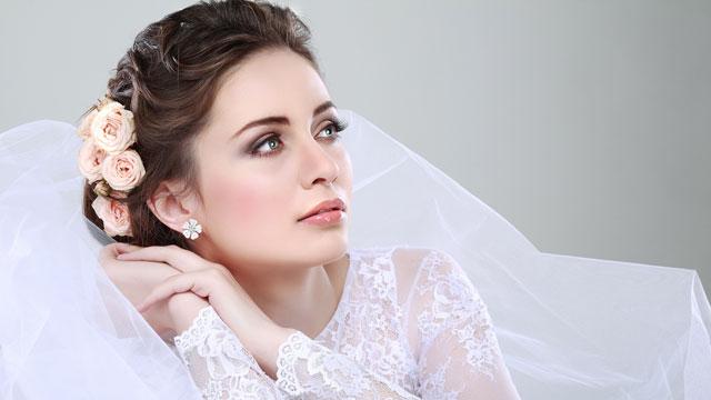 поэтапное-нанесение-свадебного-макияжа